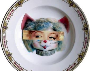 Marilyn Monroe - Kitsch Face - Vintage Porcelain Plate - #0579