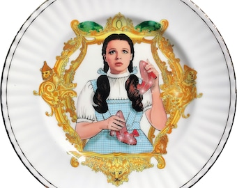 Dorothy - The Wizard of OZ - Judy Garland - Vintage Porcelain Plate - #0596