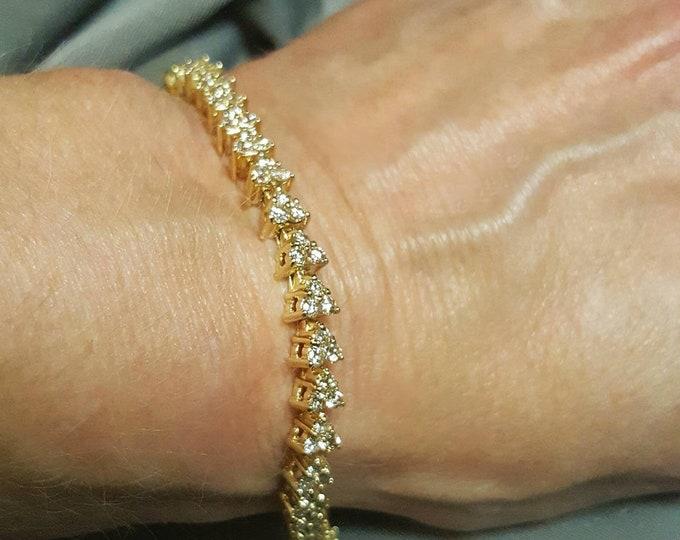 Hallmarked 14K Yellow Gold Diamond Bracelet. Elegant, Beautiful, Gift, Sparkling Diamond Bracelet