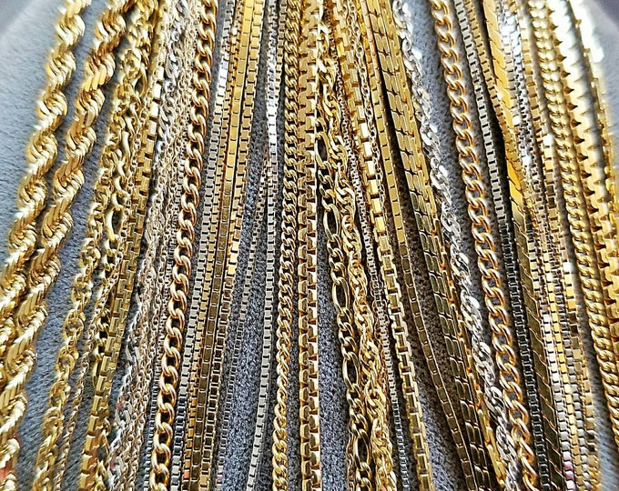 150.00 is the Approximate Middle or Average Price of a Chain. 18K, 14K and 10K Yellow Gold and White Gold. The Chains Range in Price