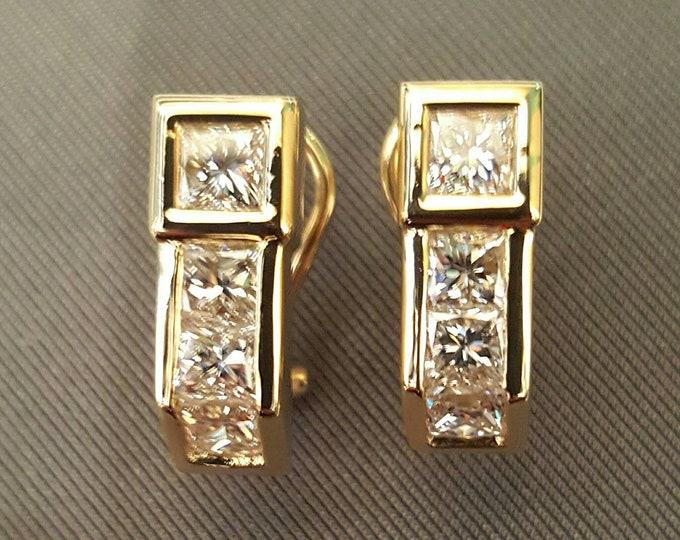 Stunning 14K Yellow Gold Princess Cut Diamond Earrings.  Statement Earrings, Glamorous, All Sparkle, Bright Diamonds, Fine Quality