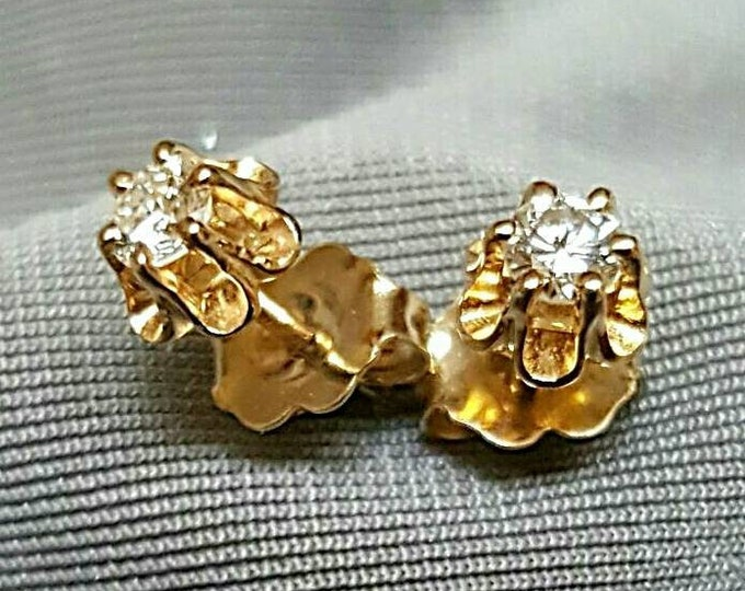 Pair of 14 Karat Yellow Gold Buttercup Style Pierced Diamond Earrings
