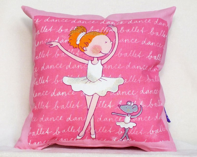Cushion ballerina-Decocits image 0