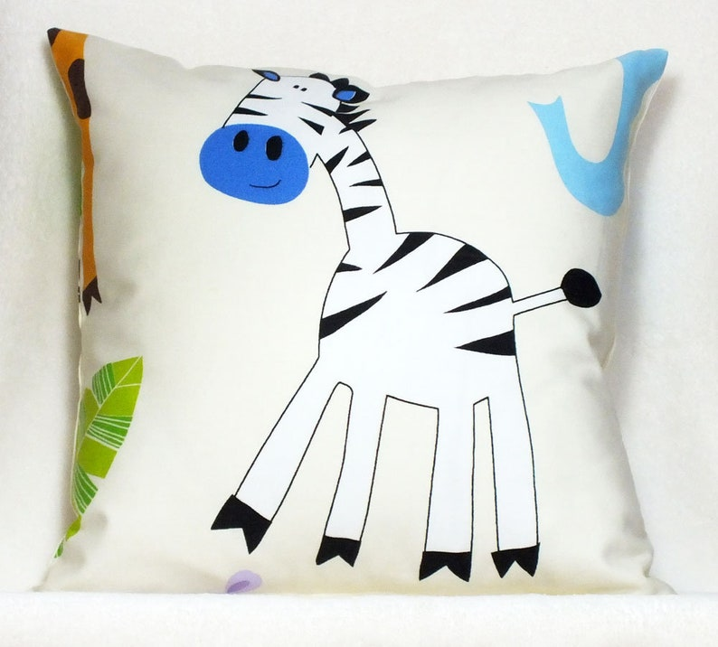 Cushion Zebra-Elephant  Decocits image 0