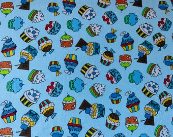 Fabric package light blue with cupcakes (Little Darling)