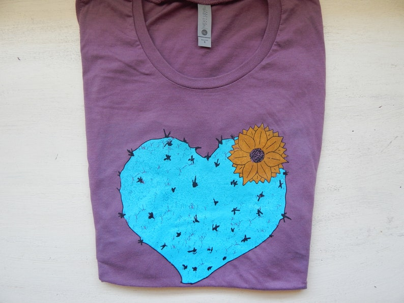 Women's Cactus Heart Festival Muscle tank Size S-XL image 0