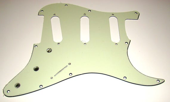 Jimi Hendrix Voodoo Style Reverse Bridge Pickup Replacement Pickguard for Fender Stratocaster Solid White