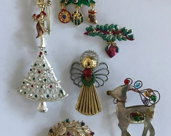 vintage christmas pins charming 5 available - Christmas Pins