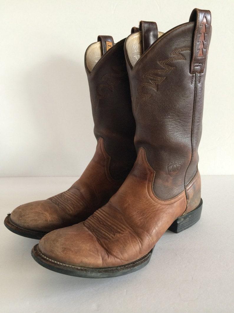 2e283affcea Cowboy Boots Ariat - Handmade in Chestnut & Chocolate Brown- Inlay Design  and Stitching - Broken In! - US 9 UK 6.5