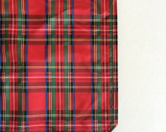 Tartan Plaid Placemats - Love These! -Iconic Tartan Check in Red Green - 12 Available - Lovely for Holiday Table - Plaid Interior