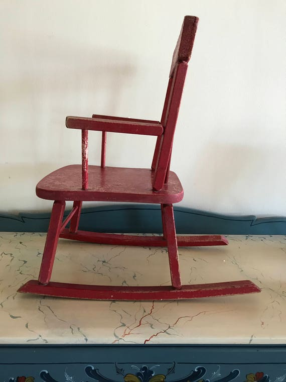 Phenomenal Childrens Rocking Chair Charming Small Old School Decor Rustic Red W Weathered White Heart Motif Farmhouse Cottage Nursery Machost Co Dining Chair Design Ideas Machostcouk