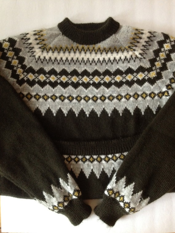 72d6ddb4ab5589 Vintage Scandinavian Sweater Lovely Chocolate Brown Cream