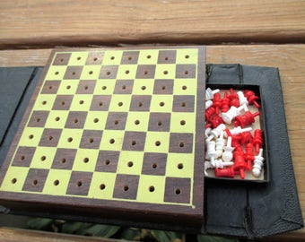 Vintage Mini Chess Game Volume 524 by  E.S. Lowe