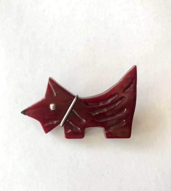 Vintage Red Bakelite Scotty Dog Brooch / Pin