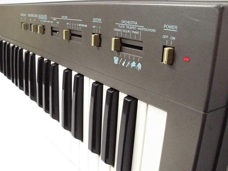 Yamaha PSR-15 PortaTone Vintage Electronic Keyboard Synth 8 BIT Chiptune