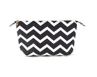 Black and White Makeup Bag / Travel Bag / Zipper Pouch (large)