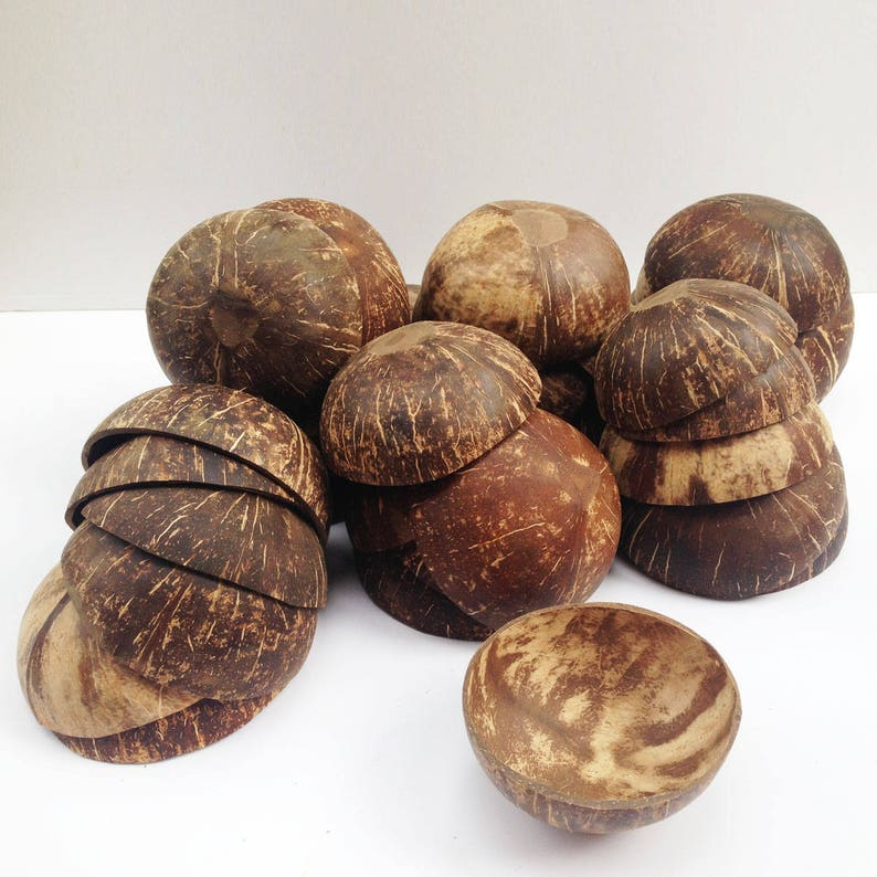 Wholesale 30 coconut shell bowls small size  8 x 5 cm fill 5 oz price include shipping,100/% no coating