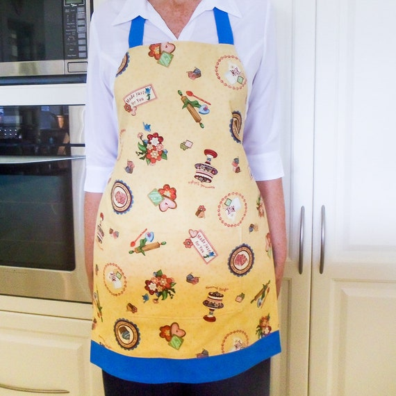 SALE - Retro Full Apron, vintage kitchen apron, womens lined cotton cooking  baking 1950\'s inspired printed apron with large pocket, Mum gift