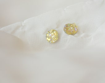 Champagne earrings - champagne bridesmaid earrings - bridesmaid earrings - druzy earrings - druzy stud earrings - bridesmaid gift - A2