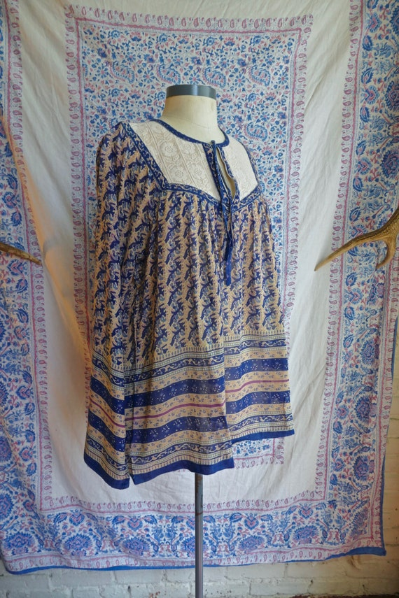 Indian Gauze Cotton and Lace Blouse