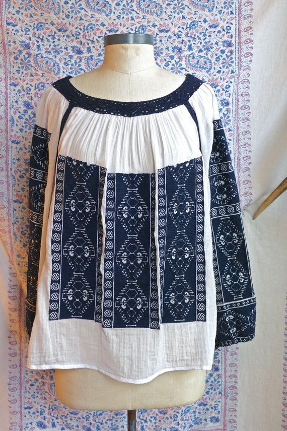 Embroidered Gauze Cotton Folk Blouse - image 3