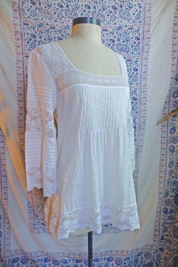 White Lace Paneled Cotton Blouse - image 4