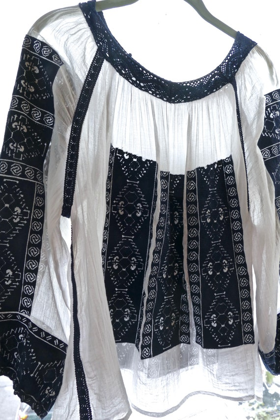 Embroidered Gauze Cotton Folk Blouse - image 8
