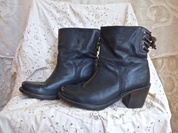 Frye Black Leather Chunky Heel Ankle Boots Size 6.
