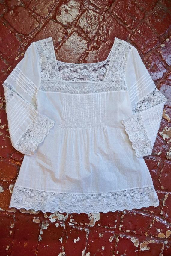White Lace Paneled Cotton Blouse - image 7