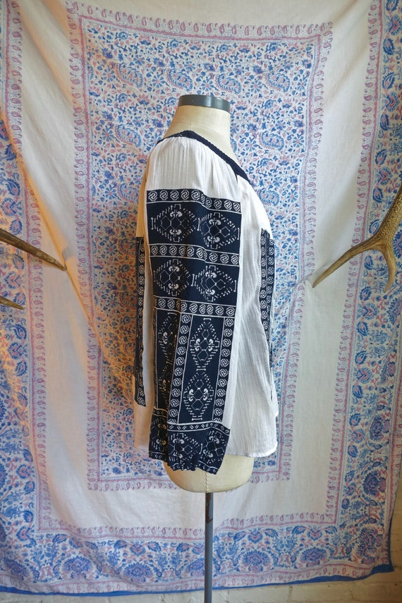 Embroidered Gauze Cotton Folk Blouse - image 5