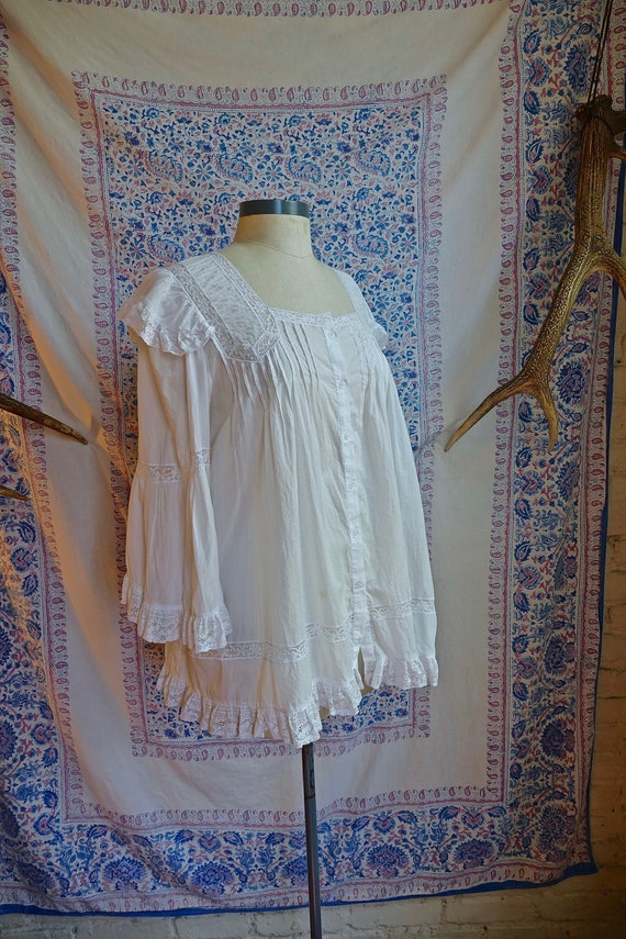 White Lace Paneled Cotton Trapeze Blouse As Is