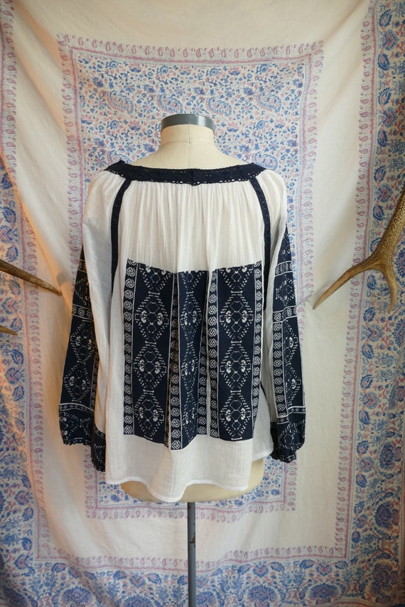 Embroidered Gauze Cotton Folk Blouse - image 6