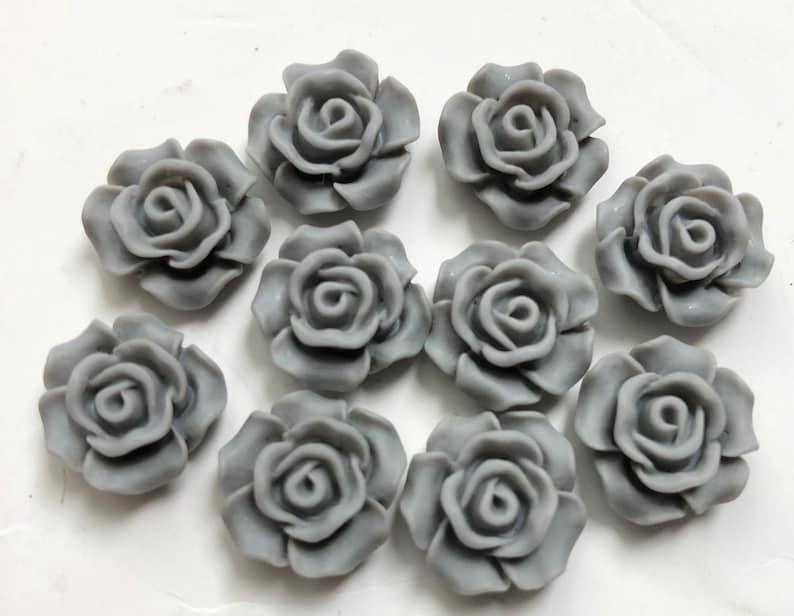 10 pcs 14 mm Gray Cabochon Flowers.14 mm gray resin Flower.gray resin flower,13 mm grey cabochon,grey cabochon,flower kit,grey sun flower