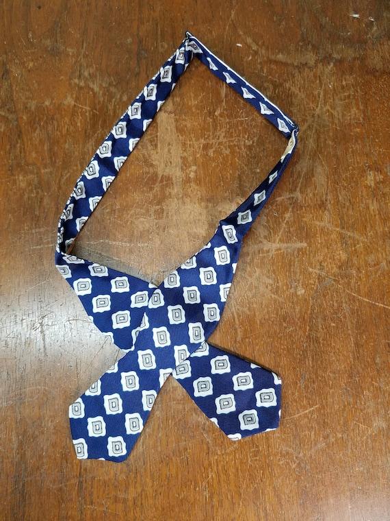 Vintage Bow Tie Self Tie Bow Tie