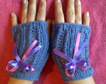 Knit Fingerles Gloves, Lace Gloves, SOFT AND PATTERNED Gloves, Knitted Wrist Warmers, Fingerless Gloves, Hand Made Lace Arm Warmers