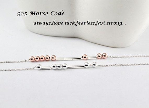 Tiny delicada pulsera capas con cuentas Código Morse inicial De Nombre Personalizado