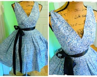 SALE..Lovely Vintage Spring dress/ Pin up/ Cornflower Blue/ Tea Dress/ Derby / Full sweep skirt/ Garden Party/ Wedding/Graduation/ Sm-Md