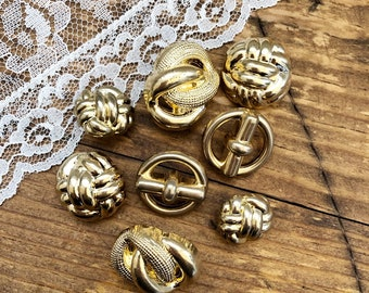 8 Vintage Gold Buttons, Plastic Gold Buttons, Antique Craft Supplies, Crafting Supply, Scrapbooking Rustic Sewing 018