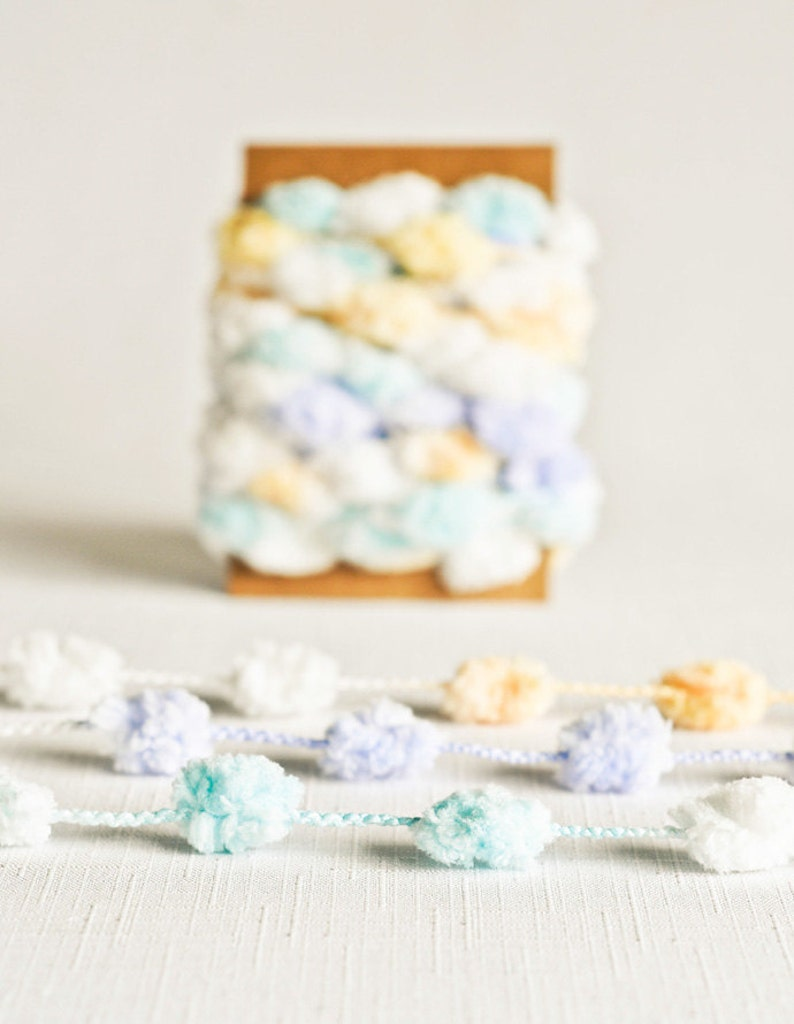 Pom Pom Garland in Winter Colors 6 Yards Blue Green Yellow White Novelty Twine Vintage Ribbon Cord Trim Pompom Pretty Party Decor