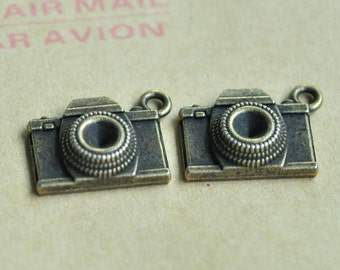 12pcs Antique Bronze Camera Charm Pendant 18x15mm MM066