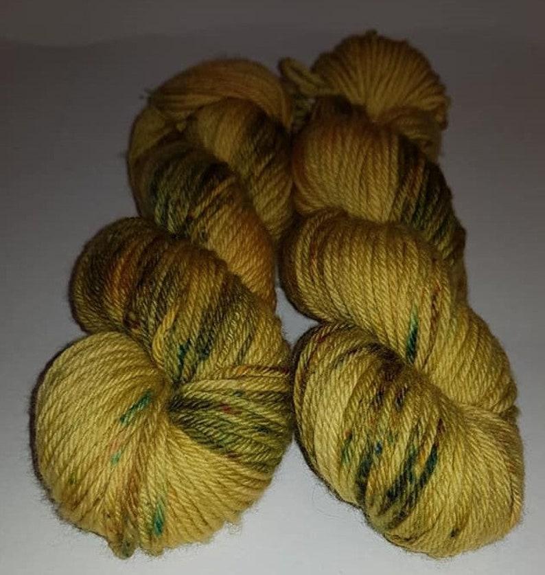 aran. Australian merino 100g Machine washable yarn 10 ply worsted weight superwash