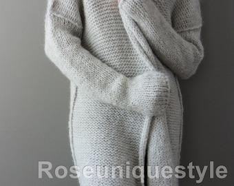 Alpaca, chunky knit cardigan. Light grey , long sleeves cardigan. Open/Close  knit cardigan. Made to order.