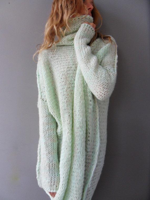 e1aef7f0655 Oversized Chunky knit sweater / tunic. Slouchy / Bulky/ Loose knit women  sweater.
