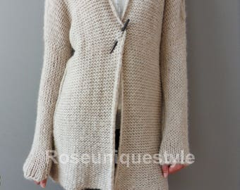 Alpaca Chunky knit Cardigan. Cream/Beige  women knit  cardigan. Made to order.