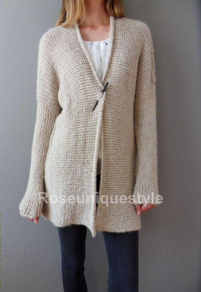 Alpaca Chunky knit Cardigan. Cream Beige women knit  be7d30561