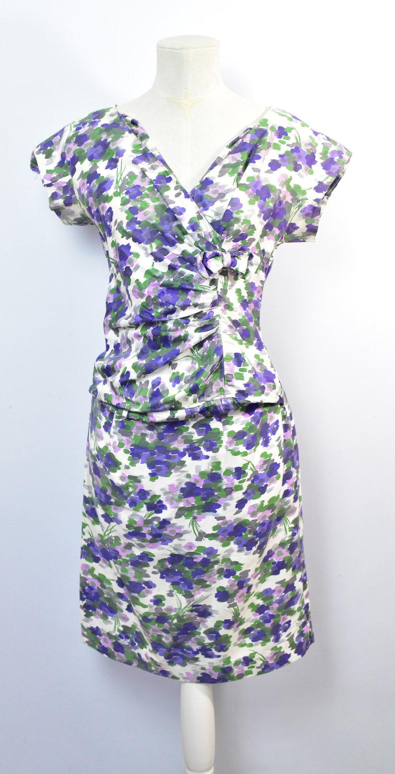 50/'s purple floral wiggle dress tummy gather small
