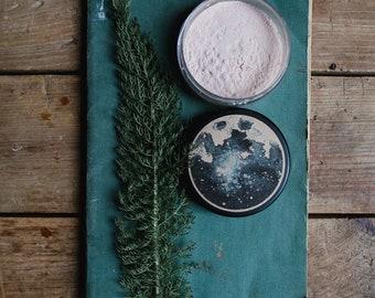 Finishing Powder • Earth Mineral Cosmetics • Translucent • Natural Makeup • Vegan • Loose Setting Powder • Mineral Veil • Solar Protection