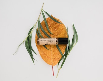 DIVINE SMUDGE • Aromatherapy Roll On Blend • Purify + Cleanse Energy + Protect • A Woodsy Herbaceous Blend of Traditional Cleansing Plants