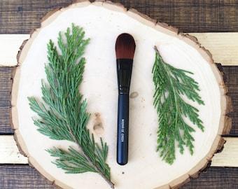 Foundation Brush • Brown Vegan Faux • Cruelty Free • Matte Black Wood Handle and Black Ferrules • Cream and Powder • Odor + Dye Free