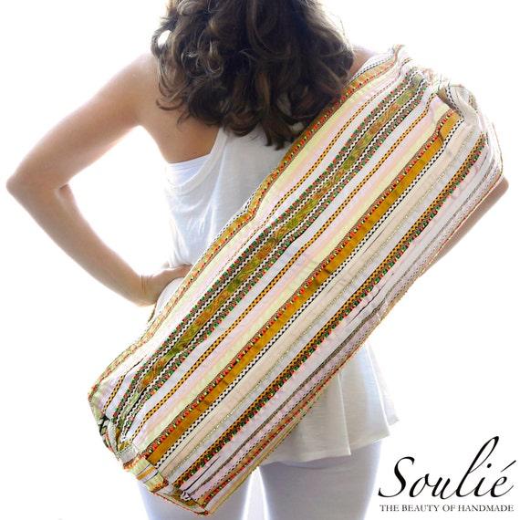 Hand Appliqu\u00e9d Ribbon 2-Zip Style Unconditional Love Yoga Mat Bag